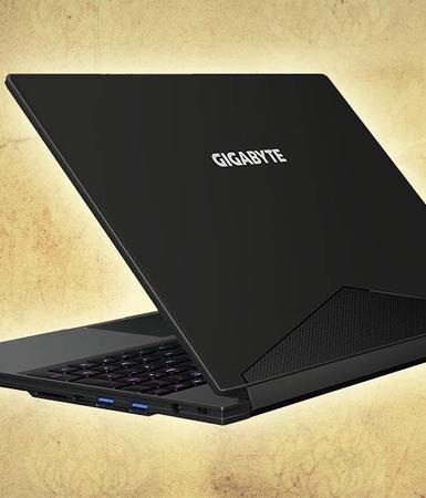 Portátil ultraligero Gigabyte Aero 15X V8