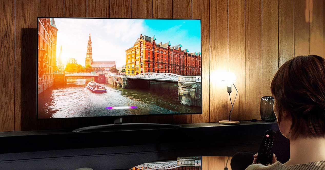 Smart TV LG 65UM7400PLB