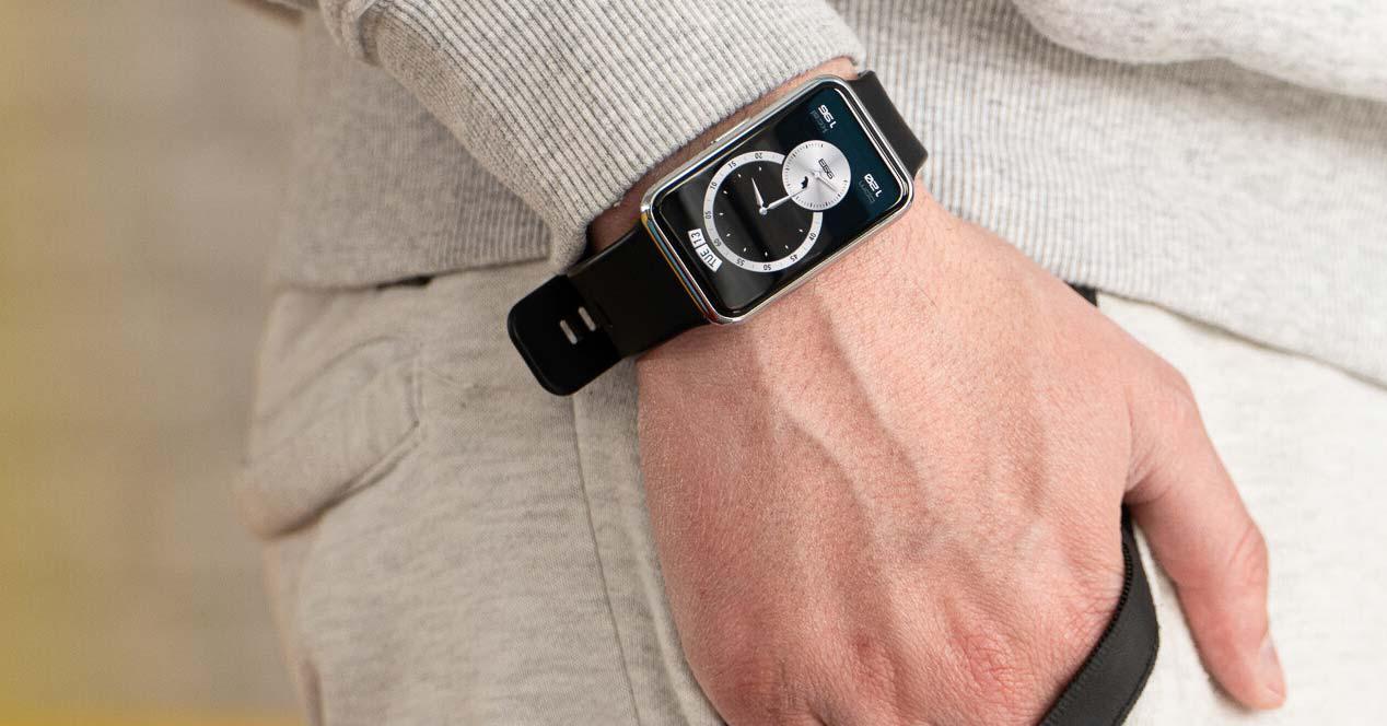 uso del reloj inteligente Huawei Watch FIT